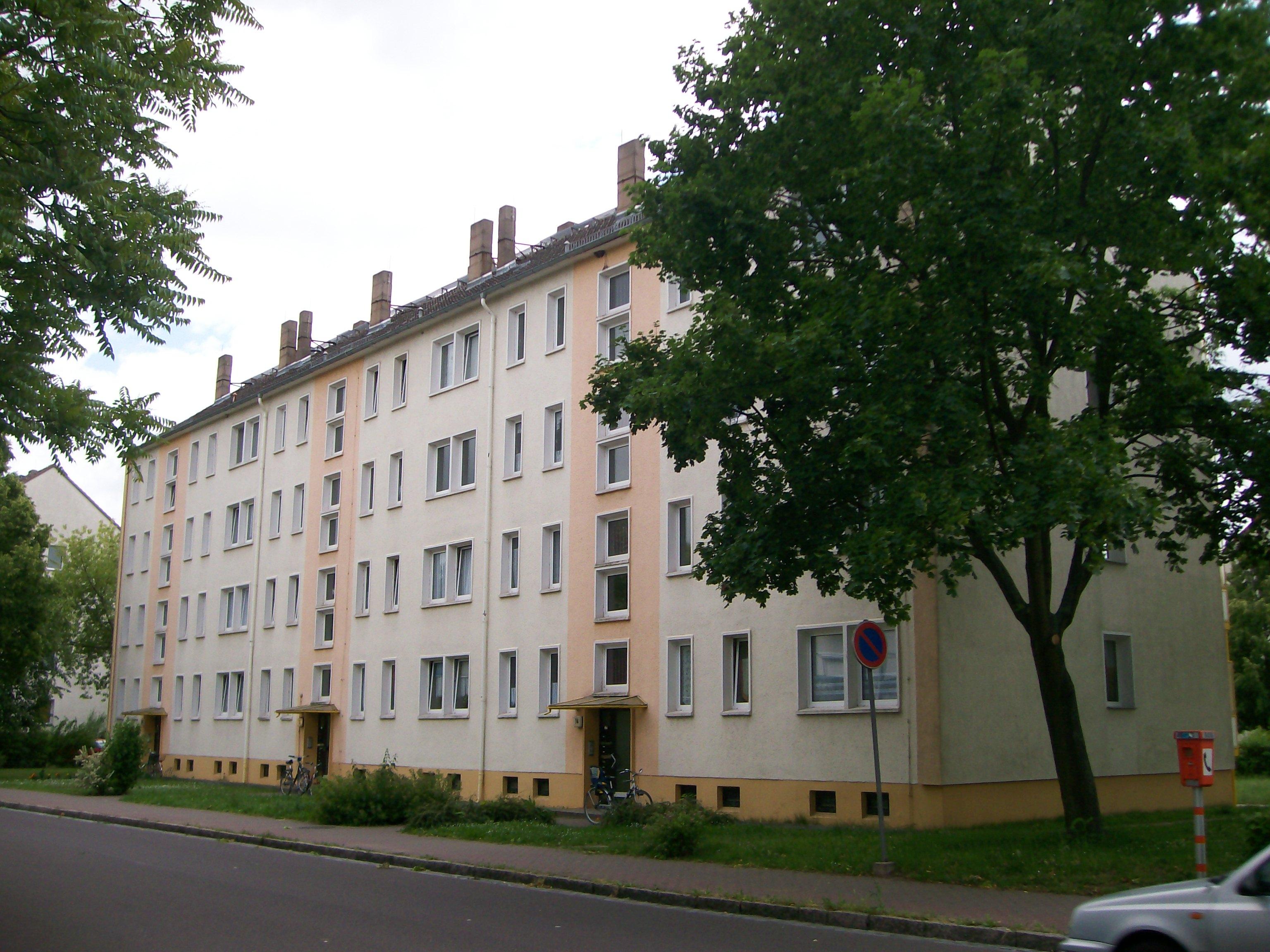Wohnung - Albert-Schweitzer-Straße 16
