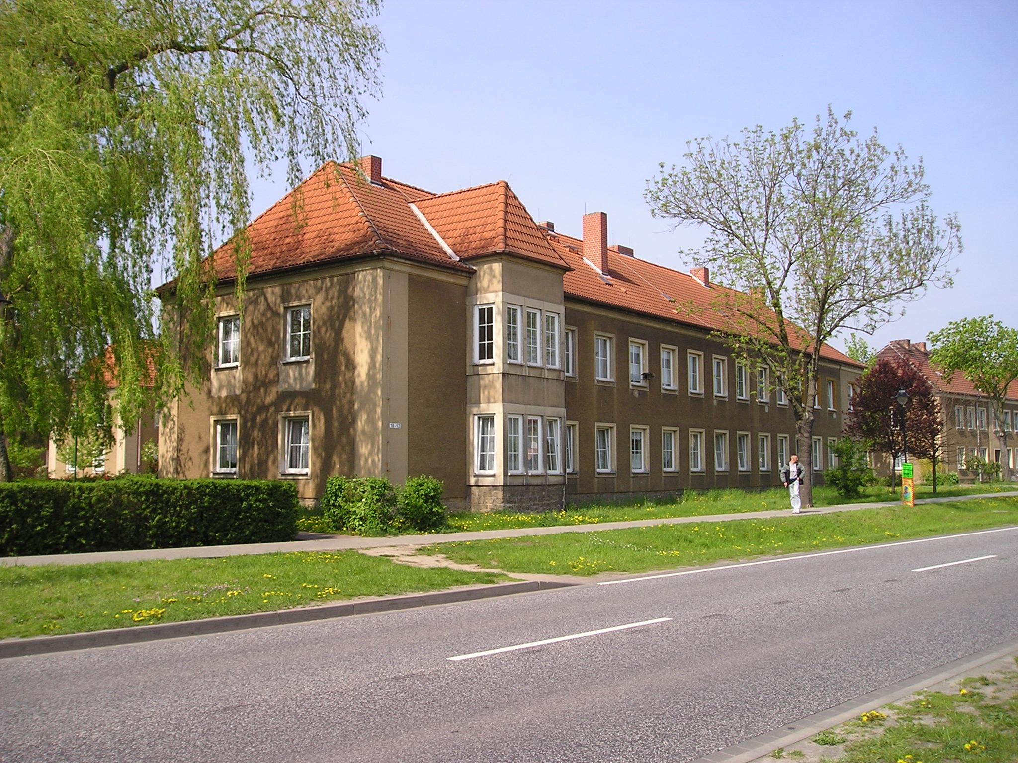 Wohnung - Magdeburger Straße 12